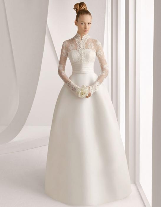 Нежнейшее платье свадебное с рукавами