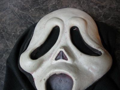 маска из фильма крик