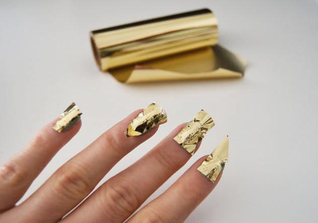 кракелюр на ногтях фольгой