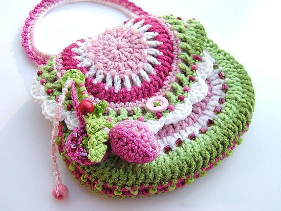 b9c11661a281 Вязаная крючком сумка для девочки - вязаная сумочка