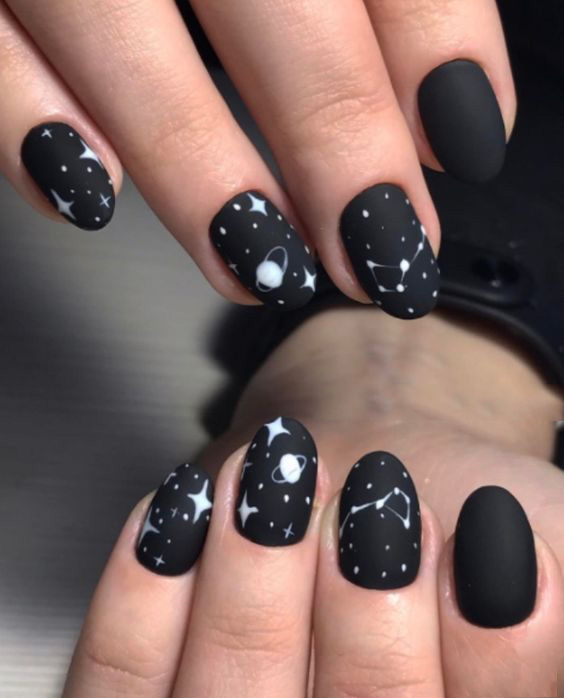 manicure with stars
