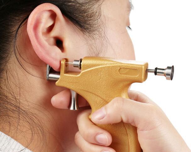 Сколько заживают уши после прокола - особенности, рекомендации и отзывы