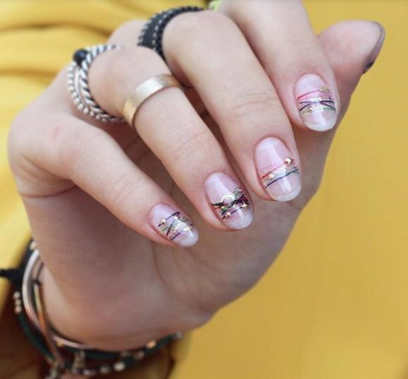 minimalistic manicure design