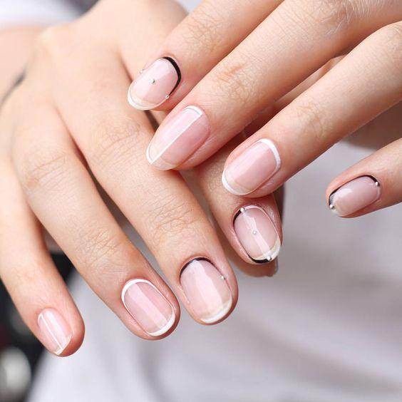 minimalist manicure on nails
