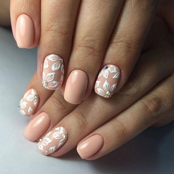 white-beige manicure painting