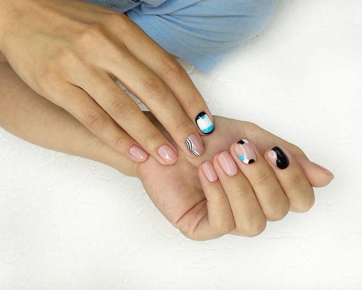 white-beige manicure style