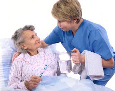 уход за больным пожилым человеком
