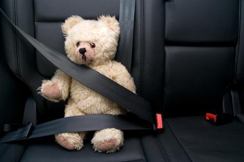 соблюдение правил безопасности в автомобиле