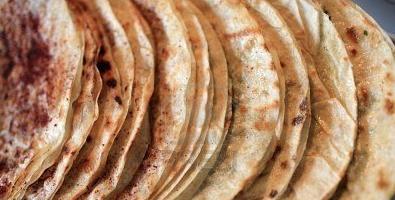 Мясные кутабы с зернами граната – кулинарный рецепт