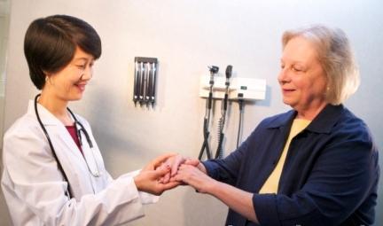 Причины симптомы и лечение артрита пальцев рук