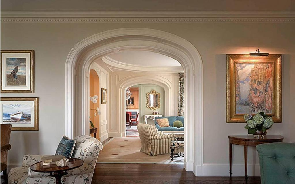 Arch in the apartment