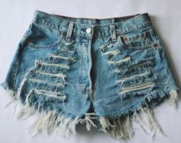 Как сделать рваные шорты из джинс