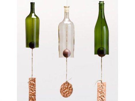 Колокольчики из пластиковых бутылок.