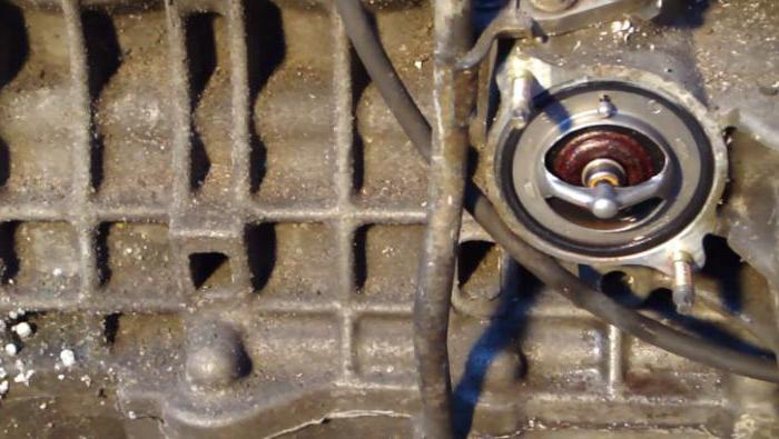 1187531 - Температура двигателя падает во время движения