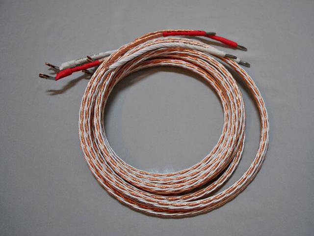 как подключить акустический кабель к колонкам