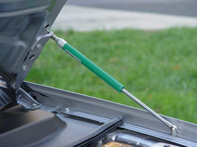 газовый амортизатор для капота