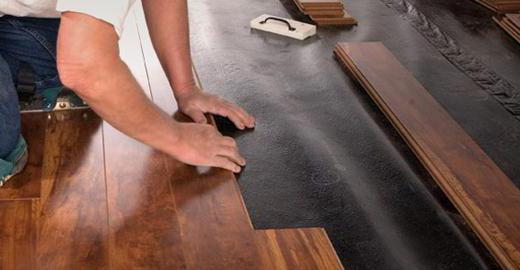 пол на кухне что лучше плитка или ламинат