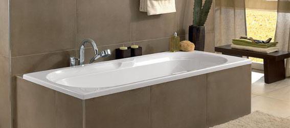 встроить ванну в подиум