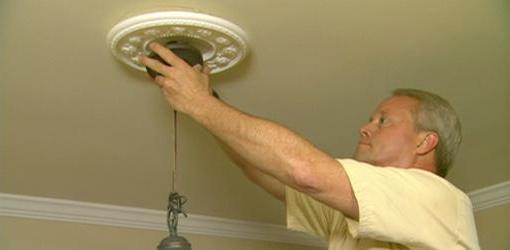 Как повесить люстру на бетонный потолок: инструкция