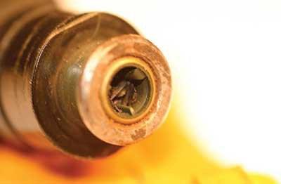причины бедной воздушно топливной смеси инжектор