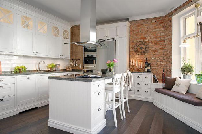 сделать маленькую кухню уютной красивой