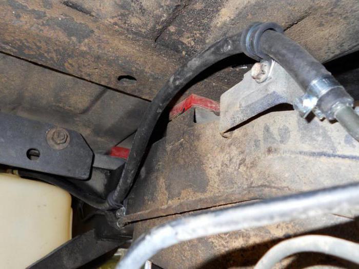 1541274 - Электрический топливный насос для карбюратора