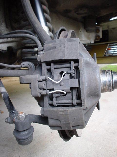 Датчик износа тормозных колодок: принцип работы, замена, установка