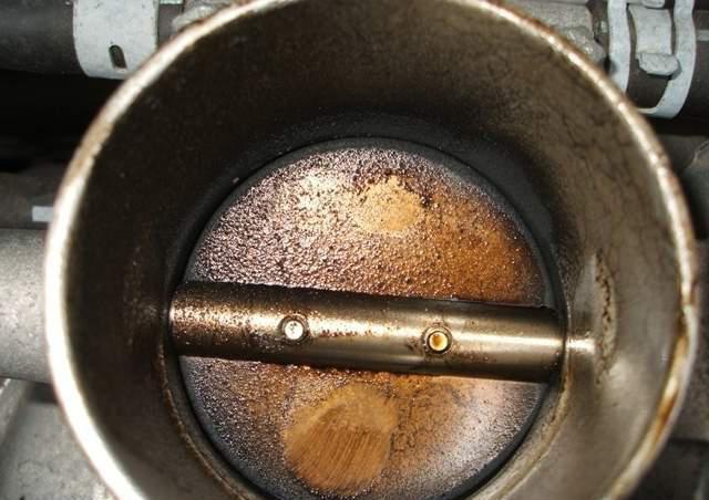 зачем чистить дроссельную заслонку ваз 2110
