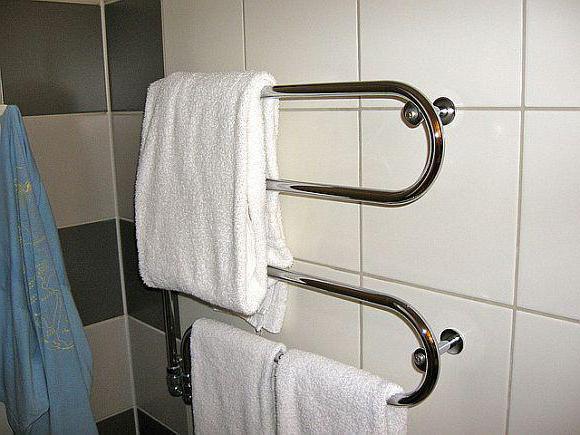 порно в ванной в масле фото