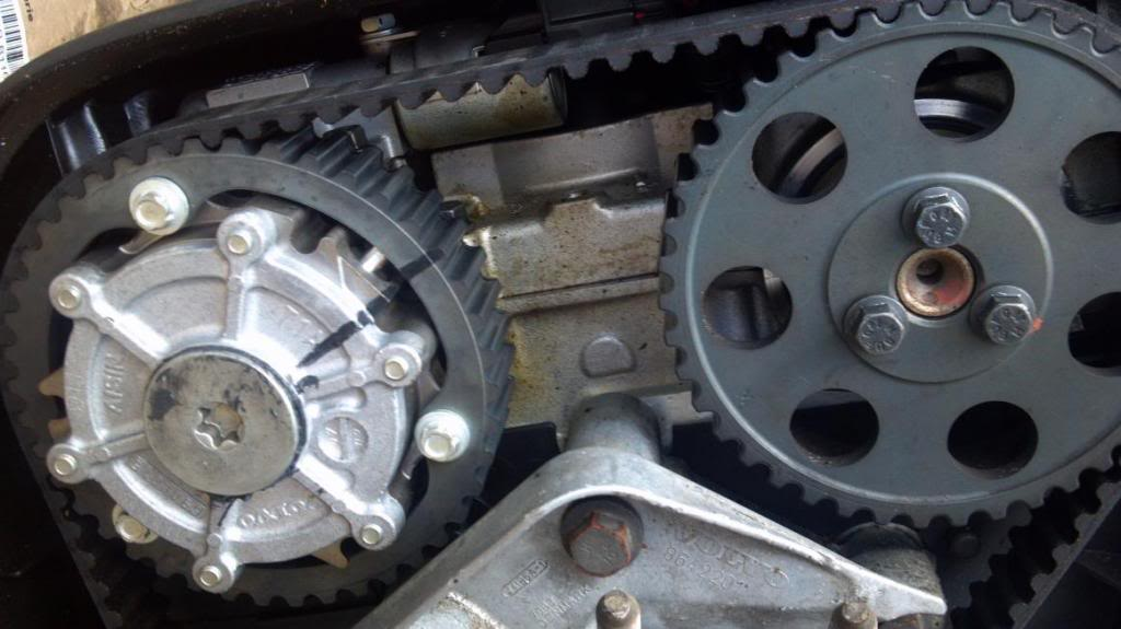 cylinder head in a vehicle