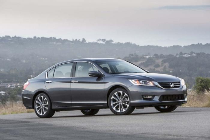 Девятое поколение автомобиля «Хонда-Аккорд» –  отзыв хозяев и описание модели