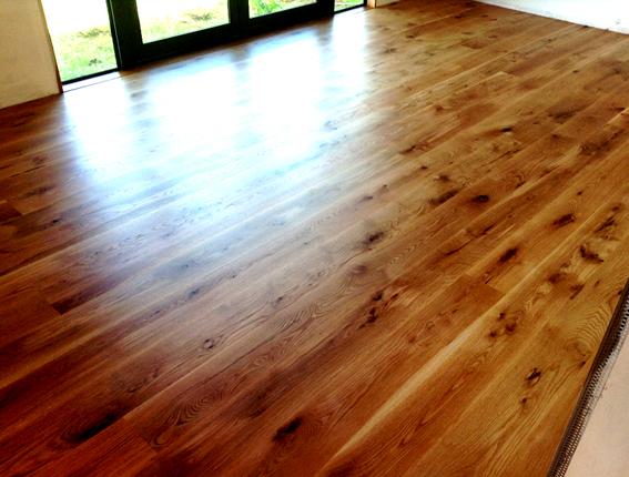 do-it-yourself wood waxing