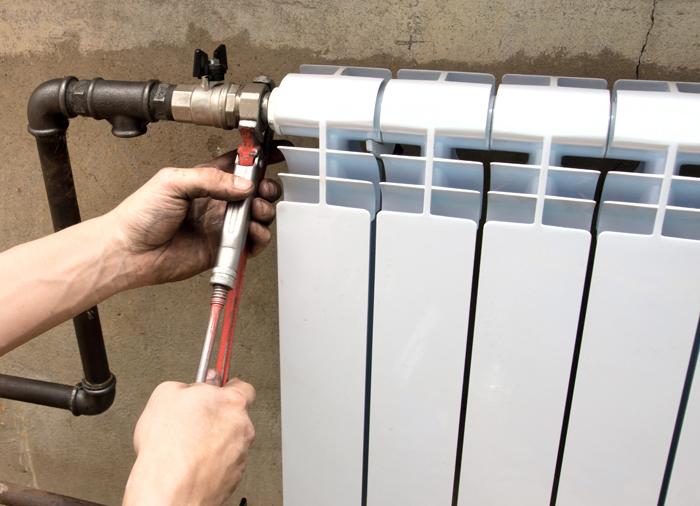 Батарея на балконе: способы монтажа, пошаговая инструкция, советы мастеров