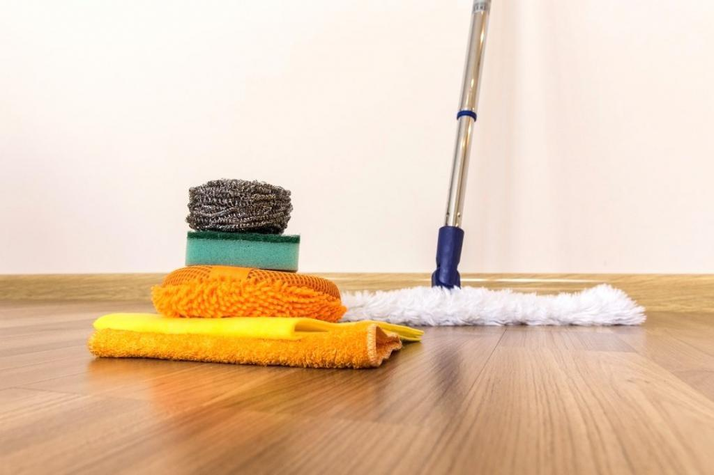 how to wash a laminate with folk remedies
