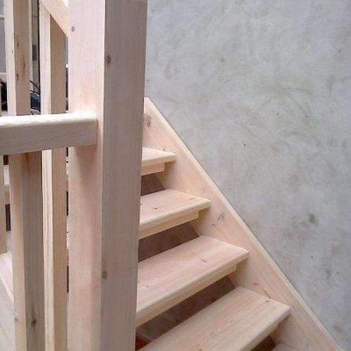 от стены для лестницы в бане