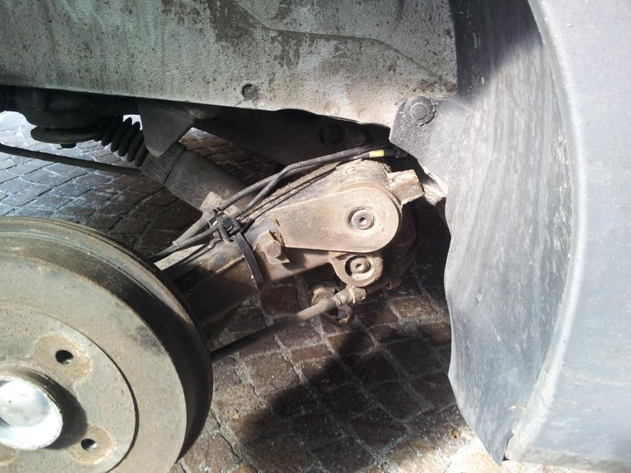 Peugeot 206 rear hub