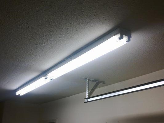 освещение в гараже фото