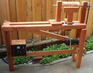 станок деревообрабатывающий токарный своими руками