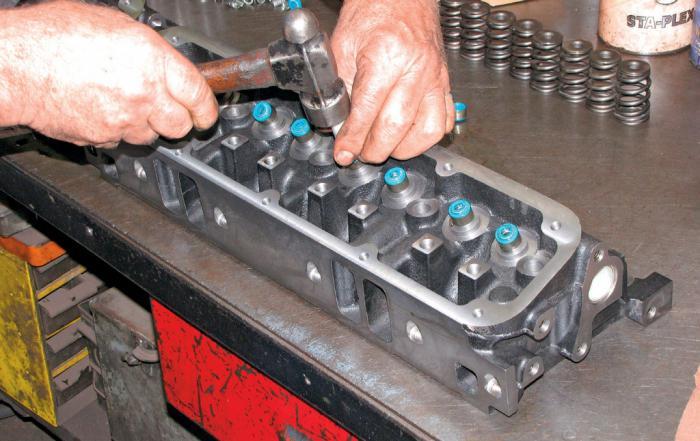 замена маслосъемных колпачков двигатель