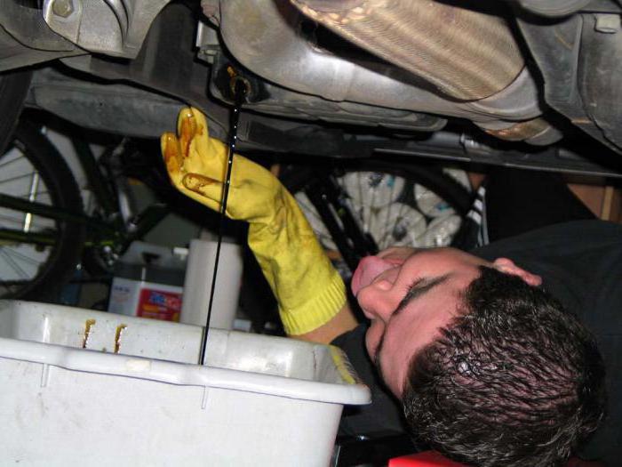 как часто менять масло в двигателе ваз 2110