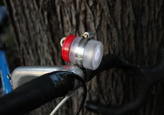 светодиодный фонарик для велосипеда