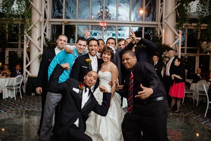 Конкурсы для свидетелей на свадьбе: веселимся!