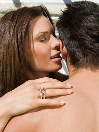 Как можно соблазнить мужчину: советы и интересные факты