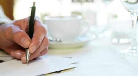 Как подписать открытку на свадьбу? Несколько советов