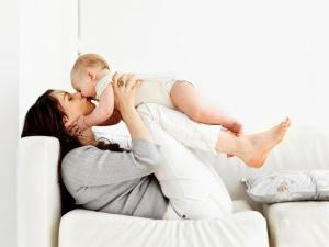 Как развивать ребенка в 2 месяца