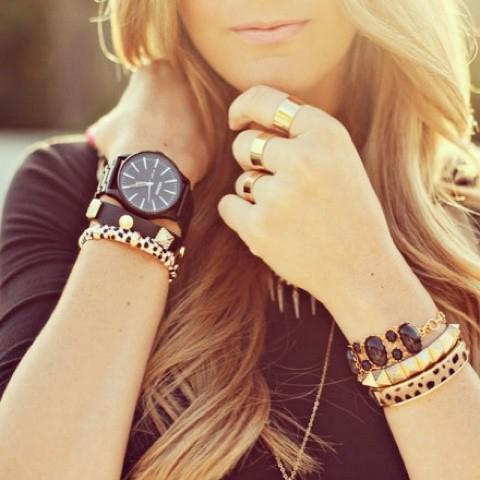 на какой руке правильно носить часы мужские