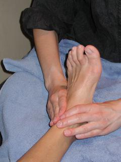 растяжение связок большого пальца ноги