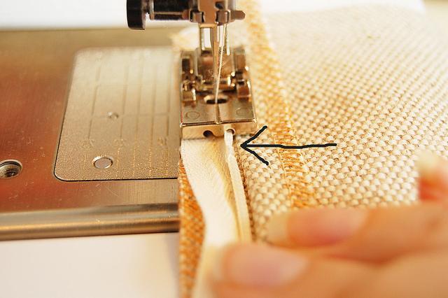 Как вшивать потайную молнию в юбку