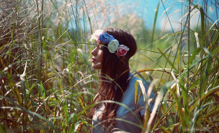 Фотосессия в поле: какие идеи можно воплотить?