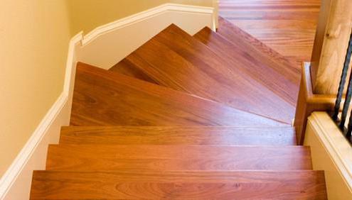 отделка ступеней бетонной лестницы в доме